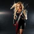 Basistka iz Hellcats z intervjujem za BBC
