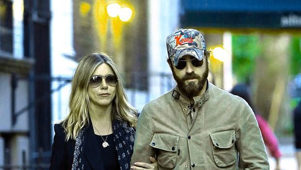 Jennifer Aniston žaluje za pokojno mamo (foto: Profimedia)