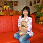 Nataša je še zdaj voditeljica, redaktorica, novinarka pa tudi babica!  (foto: Primož Predalič, Aleš Pavletič, osebni arhiv)