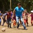 Ricky Martin obiskal otroke v Libanonu