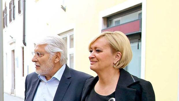Poročena Ksenija in Boris  po majski poroki še vedno  prejemata čestitke z vseh  strani, saj v kulturnih  krogih veljata za enega od  najbolj priljubljenih  medijskih parov pri nas. (foto: osebni arhiv, Alpe)