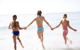 Skoraj pol milijona otrok se je v 60 letih na Debelem rtiču prepričalo, da je morje res slano