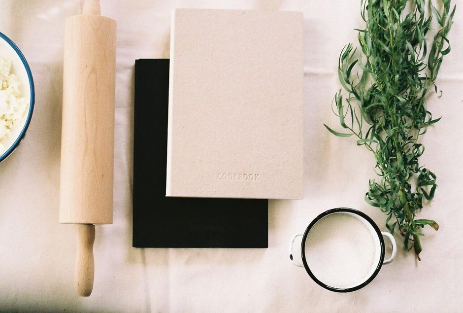 Project Cookbook - kuharska knjiga, ki jo pišete sami in z dnem nakupa postane vaš osebni kulinarični projekt (foto: cookbook)