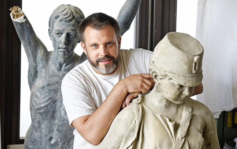 Jernej Mali: Kipar, ki je izbral les (foto: Igor Zaplatil)