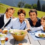 Gorski zdravnik je  nemško-avstrijska  serija, ki je po hitrem  postopku osvojila tudi  slovensko občinstvo.  (foto: Pop tv, profimedia)