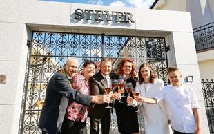 Družina Steyer: Njihov boter trte je tudi Kučan