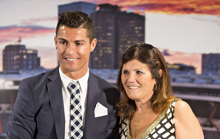 Cristiano Ronaldo: Očka, nogometaš, bogataš (foto: Profimedia)