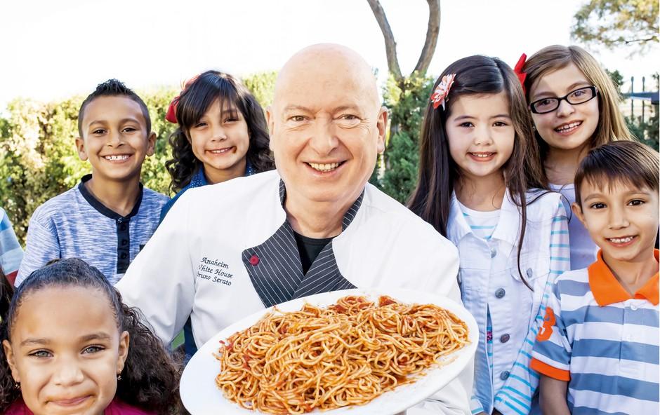 Bruno Serato: Kuha srečo za ameriške otroke (foto: Profimedia)
