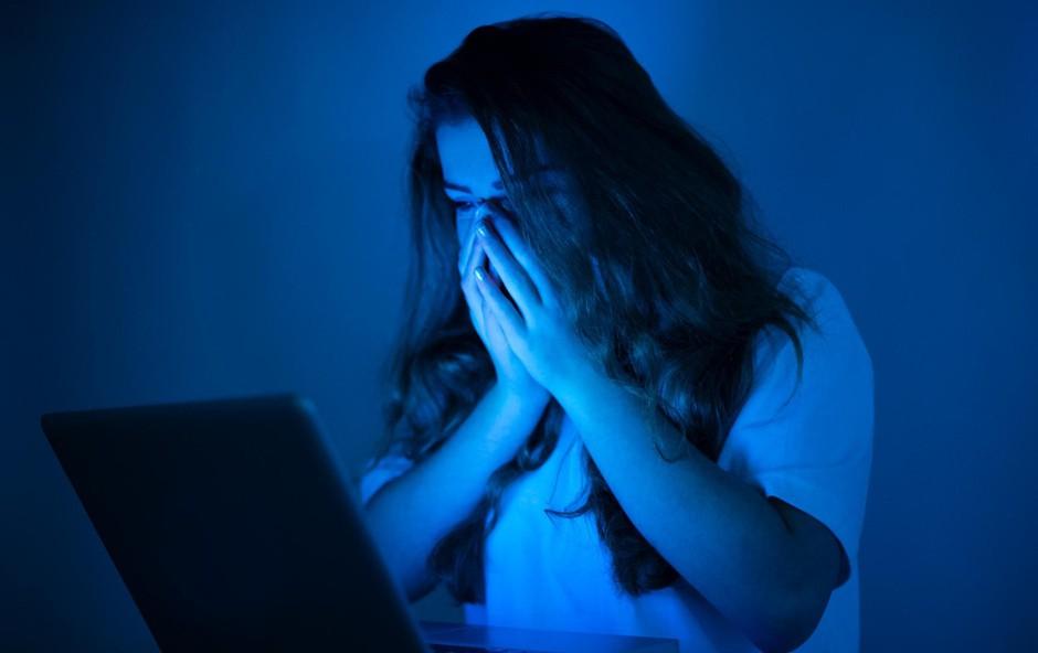 Internetno nadlegovanje povzroča depresijo, nočne more in anoreksijo (foto: profimedia)