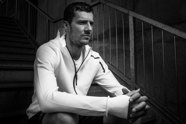 Goran Dragić se navdušuje nad inovativno jopo Z.N.E. Hoodie. (foto: adidas)