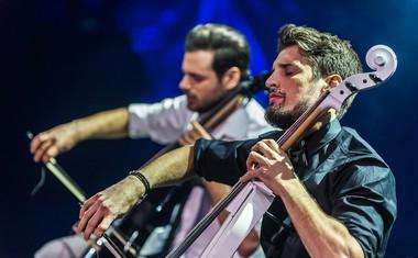 2Cellos v Stožicah s Simfoničnim orkestrom RTV Slovenija