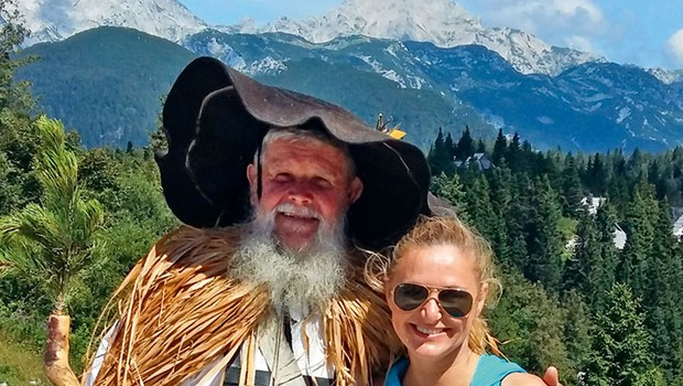 Nuša Derenda: Prvič na Veliki planini (foto: osebni arhiv)