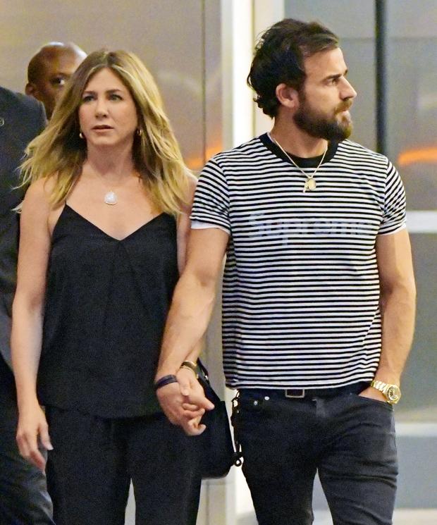 Jeniffer Aniston: Ujeta v ljubezenskem trikotniku (foto: Profimedia)