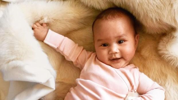 Chrissy Teigen in John Legend: Mala Luna obožuje očkovo glasbo (foto: Profimedia)