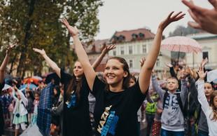 S Kazino je ples dihala večtisočglava množica otrok