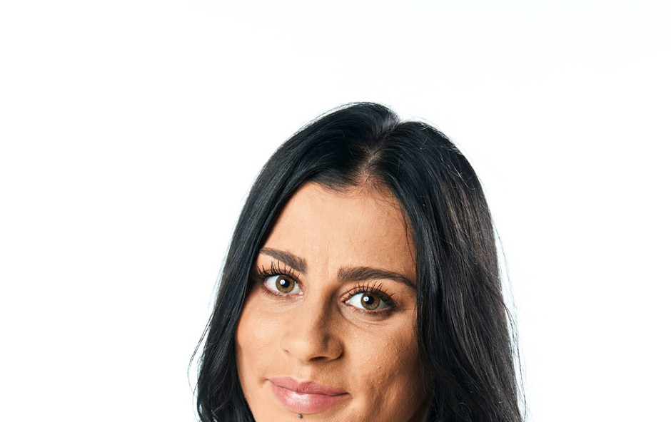 Razgaljena Ines (Survivor) (foto: Pop TV)