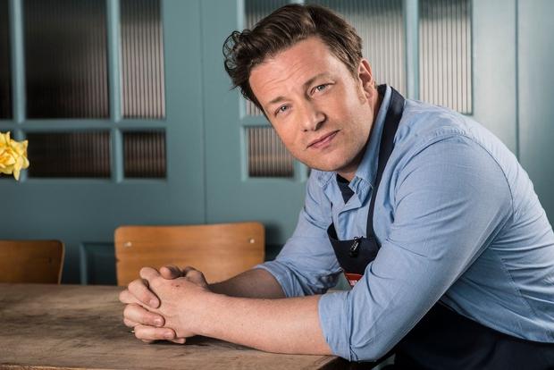 Jamie Oliver z recepti za zdravje in srečo: Superhrana za vsak dan! (foto: profimedia)