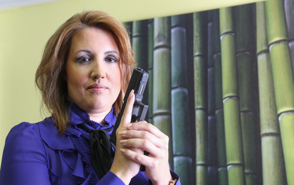 Bernarda Škrabar, detektivka in direktorica Detektivsko-varnostne agencije. (foto: Barbara Reya)