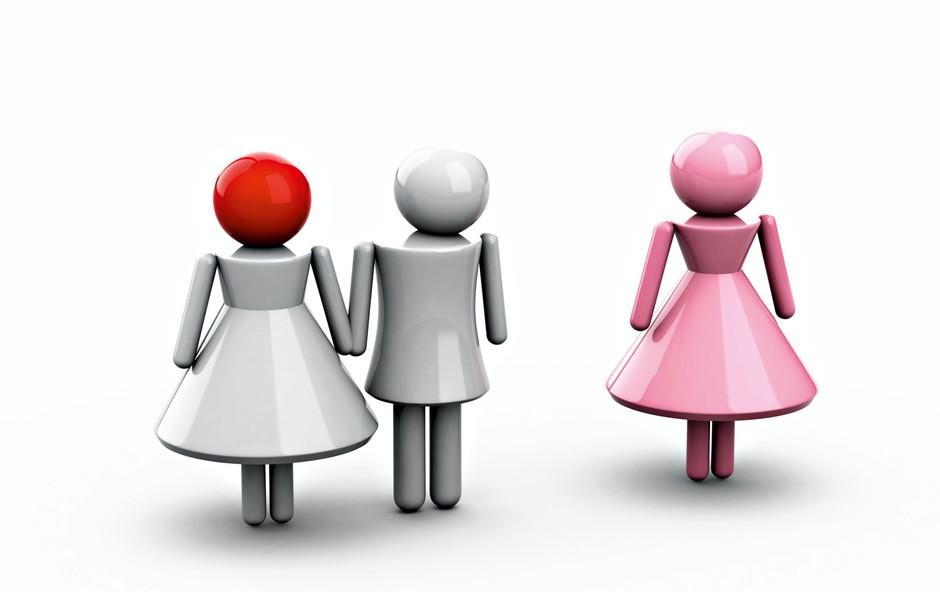 Janina porota: Mož se spogleduje in flirta z drugimi pred menoj! (foto: Shutterstock)