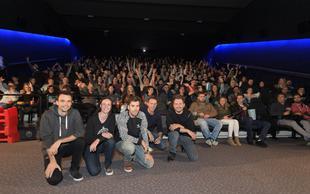 Satirična komedija Pr'Hostar razprodala premiero
