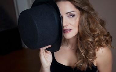 Katarina Mala z novim singlom 'Dva za mene'