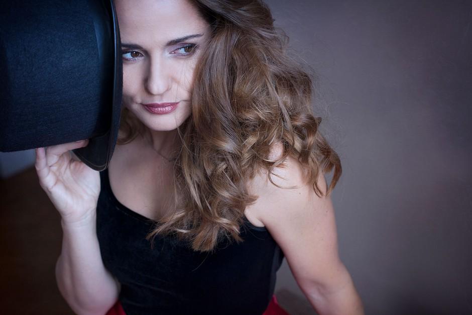 Katarina Mala z novim singlom 'Dva za mene' (foto: Tania Mendillo)