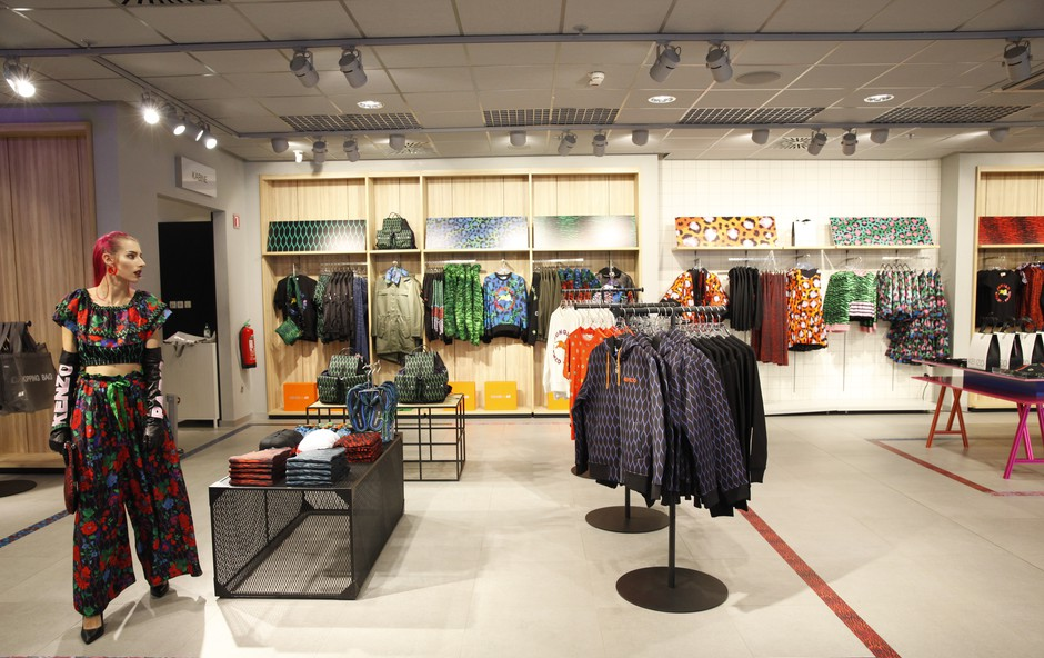 Prvi kupci nove kolekcije Kenzo x H&M! (foto: H&M)