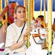 Celine Dion: Z otroki v zabaviščnem parku