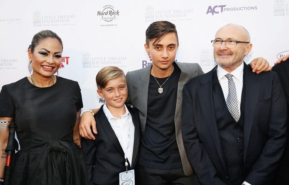 Od tretje žene Orianne Cevey se je ločil leta 2006, a od avgusta lani spet živi z njo in s sinovoma, 15-letnim Nicholasom ter 11-letnim Matthewem. (foto: Profimedia)