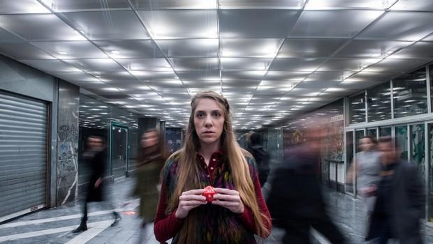 Prva slovenska uprizoritev drame Pomona Alistairja McDowalla v režiji Jaše Kocelija (foto: Mankica Kranjec)
