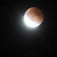 Ponedeljkovo nebo bo razsvetljevala super luna!