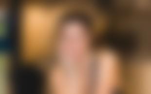 Radijska voditeljica Jana Morelj pokazala neverjetno dolge lase