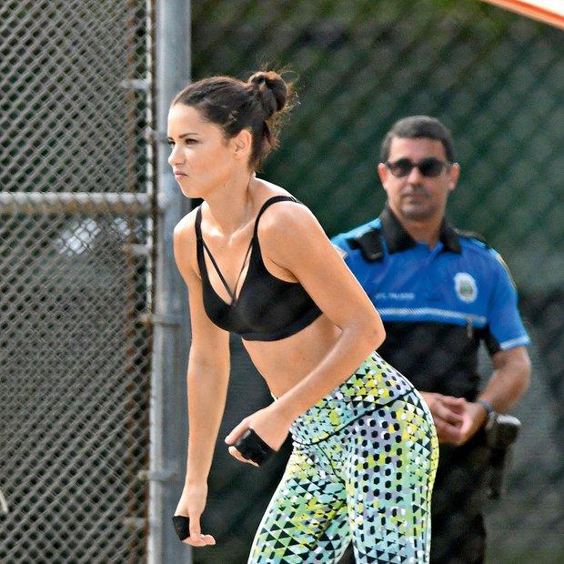 Adriana Lima: Lepa tudi, ko telovadi!