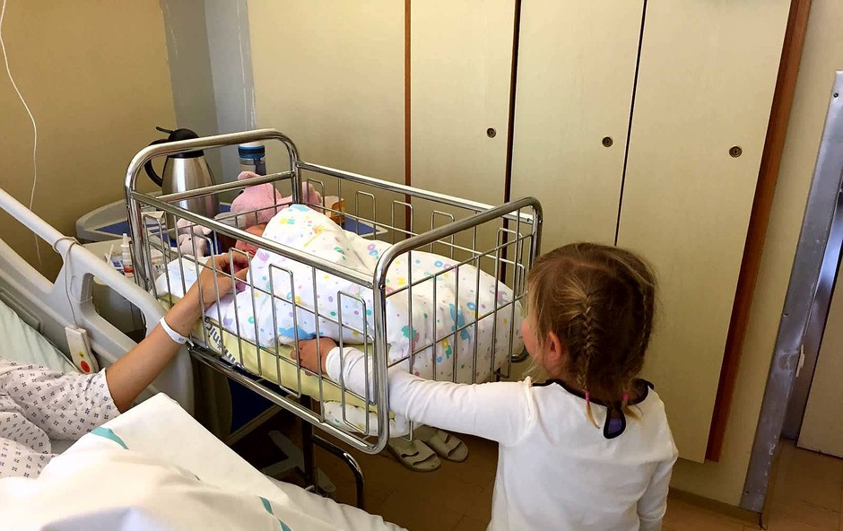 Rebeka Dremelj: razkrila ime hčerke (foto: Facebook)