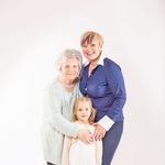 Tri močne ženske, tri generacije. (foto: Nino Verdnik)