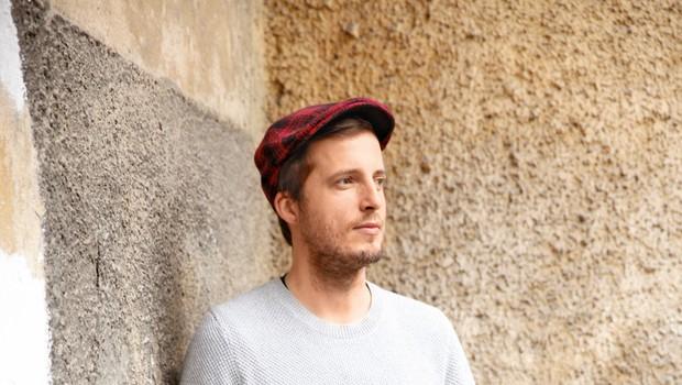 """Glasbenik Dominik Bagola: """"Glasba ni  en sam žur!"""" (foto: Helena Kermelj)"""
