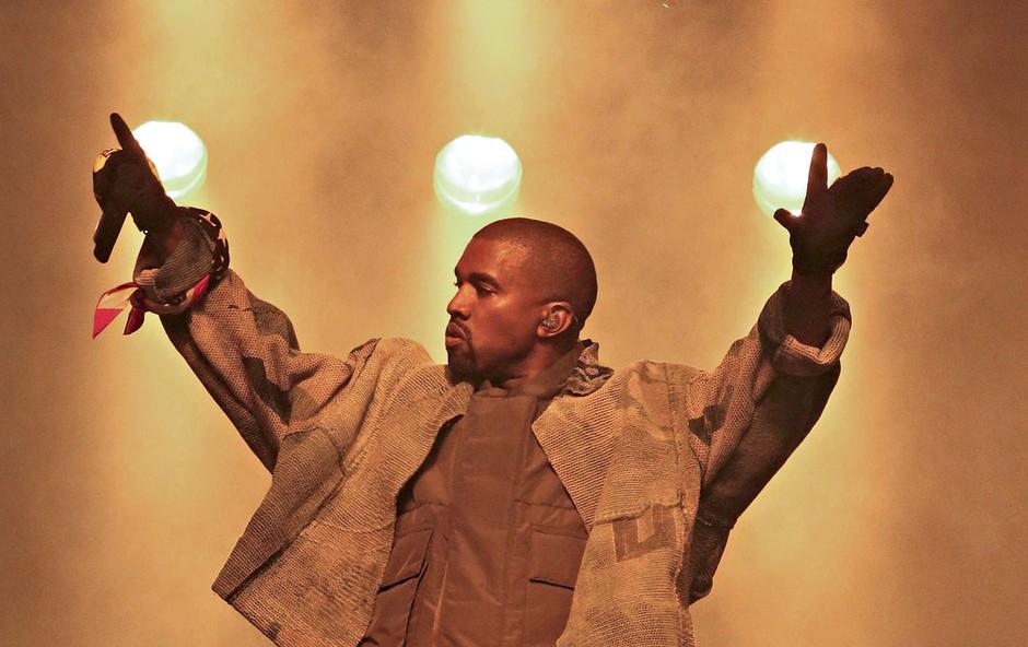 Kanye West je namesto na turnejo odšel na oddelek za nevropsihiatrijo (foto: Profimedia)