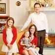 Manca in Benjamin Izmajlova bosta božič preživela doma