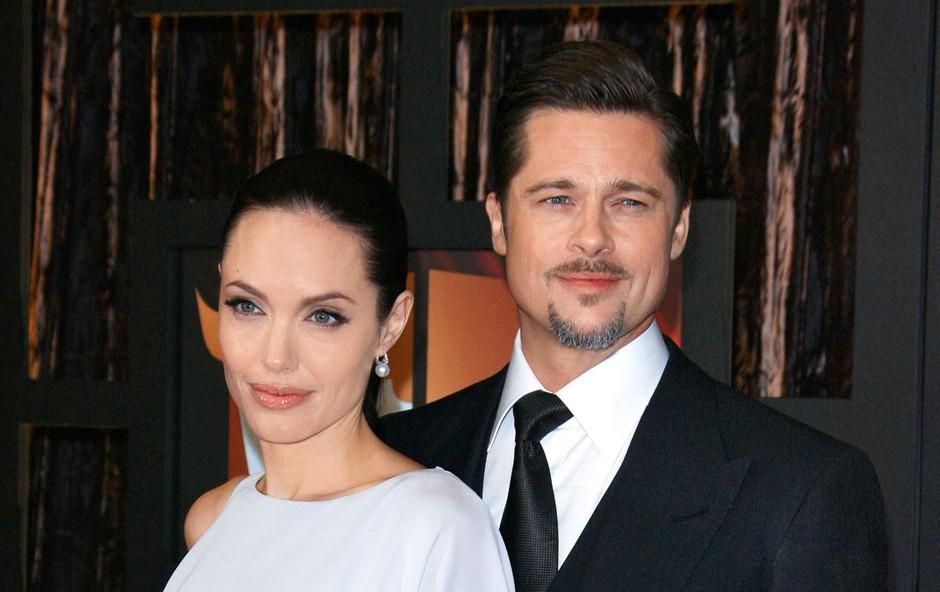 Angelina Jolie je redno nadzorovala svojega moža (foto: Profimedia)