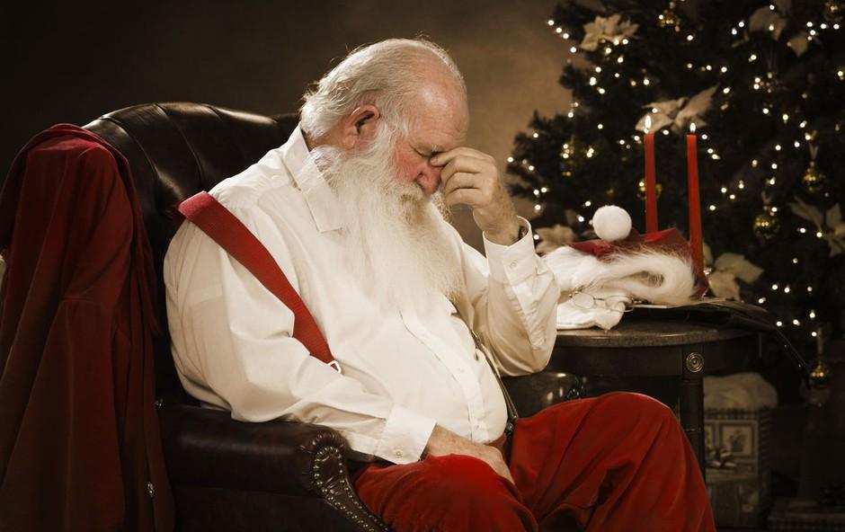 Ljudje, ki so osamljeni, se decembra počutijo še bolj pozabljene! Ne spreglejte jih! (foto: profimedia)