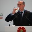 Turški kuhar v priporu, potem ko je rekel, da Erdoganu ne bi postregel niti čaja!