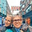 Modna oblikovalka Nika Ambrožič in novinar Matjaž Ambrožič se bosta domov vrnila šele spomladi