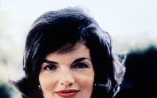 Na dražbi prodali nekatera osebna pisma Jackie Kennedy