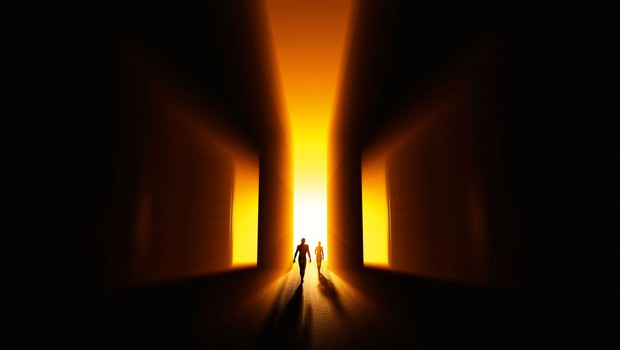 Smrt v svet živih prinaša pridih večnosti in brezmejnosti (foto: Shutterstock, osebni arhiv)