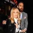Pevka Kylie Minogue zaradi bolezni ne more imeti otrok