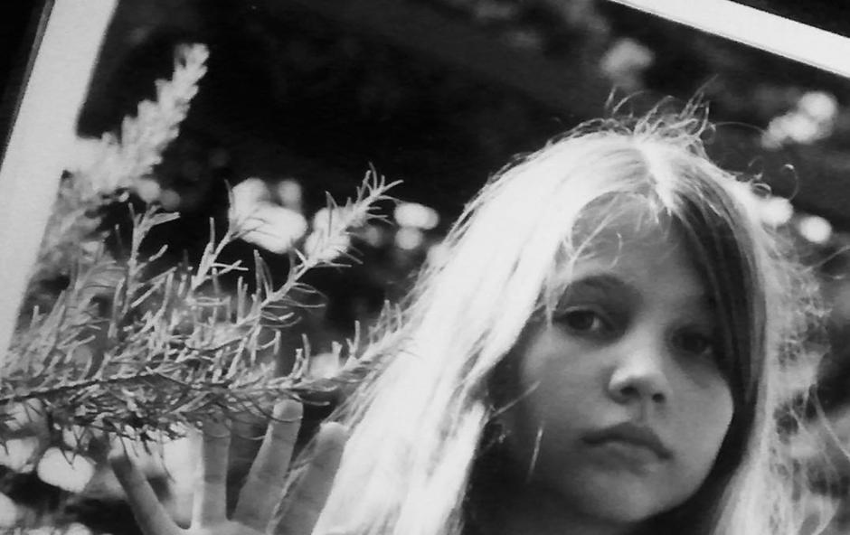 Takšna je bila Inja kot deklica ... (foto: Instagram Printscreen)