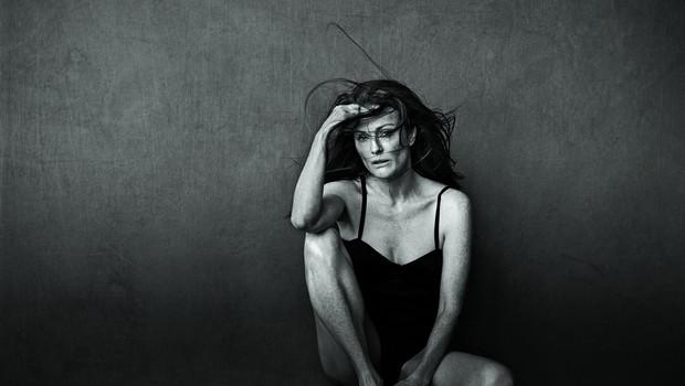 Pirellijev koledar 2017 krasi tudi postavna 56-letna Julianne Moore (foto: Profimedia)
