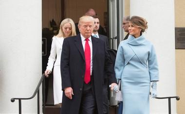 Le kaj je Melania Trump podarila presenečeni Michelle Obama?