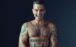 Nekaj za ženske oči: Robbie Williams v vsej svoji (goli) lepoti!
