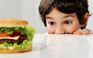 5 napak, ki jih delajo starši pri prehrani malčkov